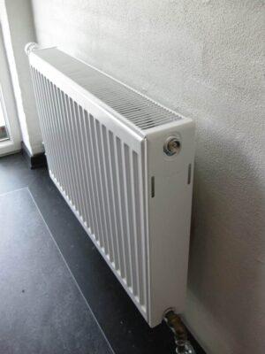 Panel radiatorer / Lavkonvektorer